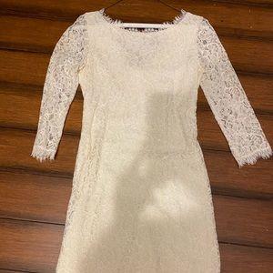 Diane von Furstenburg Lace 3/4 Sleeve Cream Dress